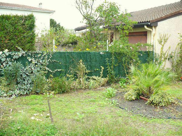 Jardin min ral cr er un jardin de gravier - Exemple de jardin de maison ...