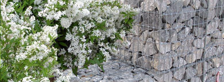 l utilisation des gabions au jardin. Black Bedroom Furniture Sets. Home Design Ideas
