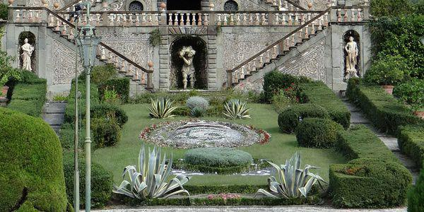 jardin italien cr er un jardin classique l 39 italienne avec un plan. Black Bedroom Furniture Sets. Home Design Ideas