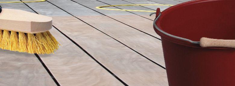 Comment Nettoyer Sa Terrasse Efficacement En Automne ?